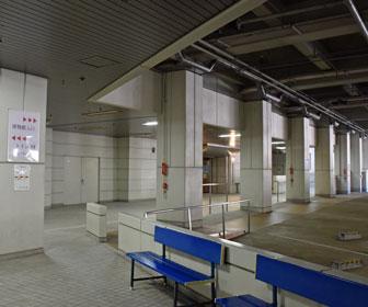 無料の地下駐車場